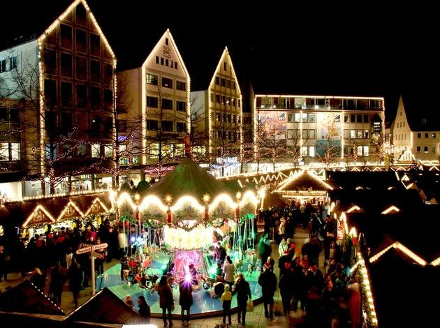 Christmas Market in Firenze Noel, Italy