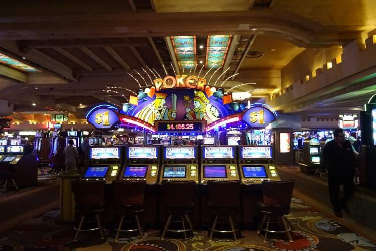 Casinos in Las Vegas - must see for adults