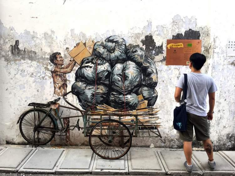 Stencil art in the street of Ipoh - Image