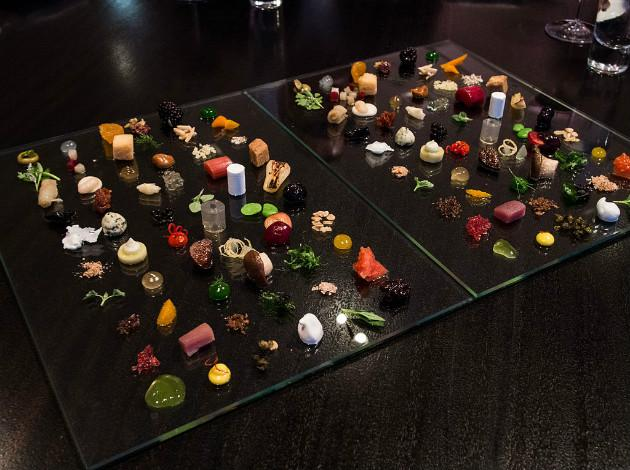 Alinea - molecular cuisine restaurant in Chicago