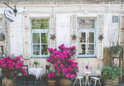 The Ultimate Guide On How To Eat Like A Local In France