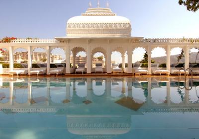 15 Best Places To Stay In Udaipur That Will Put You In King's Shoes
