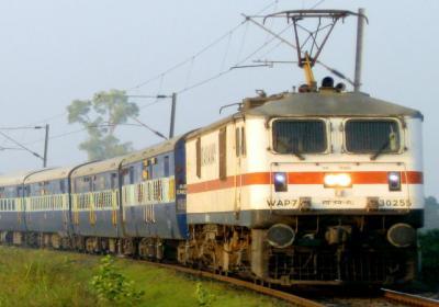 Farmer Wins A Train In The Battle Against The Railways!