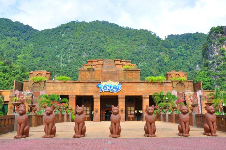 things to do in ipoh - Lost World of Tambun - Photo