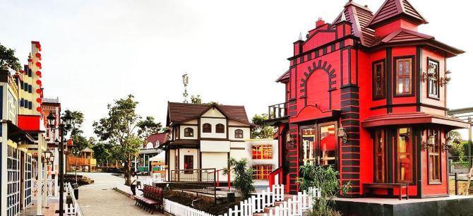 Bandung Tourist Attraction - Image - Kota Mini Lembang