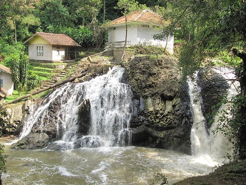 place to visit - Maribaya