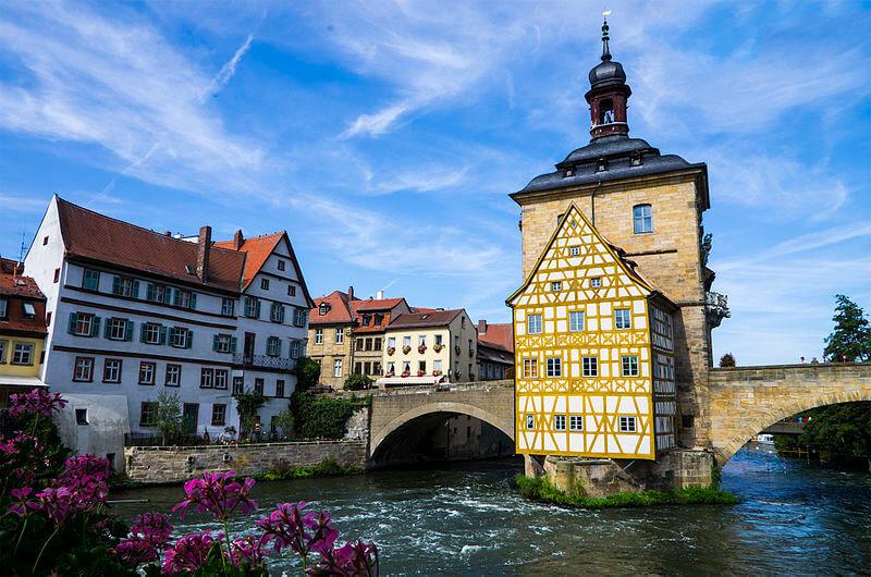 media_gallery-2018-08-13-6-German_towns_376e1d76599fbfacdc096935c779071b.jpg