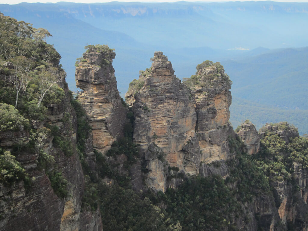 Visit the iconic Blue Mountains - Image