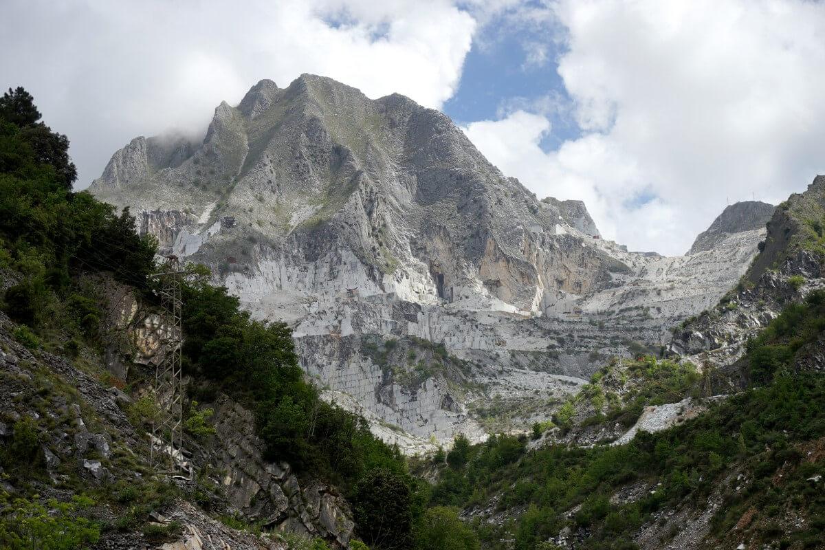 media_gallery-2018-09-20-10-Marble_Mountains_dd109015dc7f608ae1c0afd7b56ce213.jpg