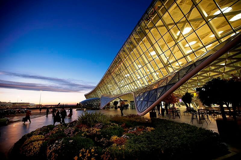 media_gallery-2018-09-22-6-Heydar_Aliyev_International_Airport_faa0f962dedd37c5c7f7c5ab3cd64d52.jpg