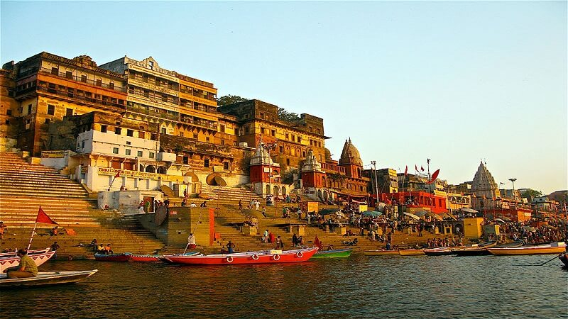 media_gallery-2018-11-14-10-800px_Ahilya_Ghat_by_the_Ganges__Varanasi_b3f212398ed8d0b01ef0056f1b8ecbcb.jpg