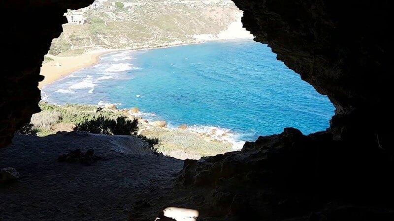 Tal-Mixta Cave