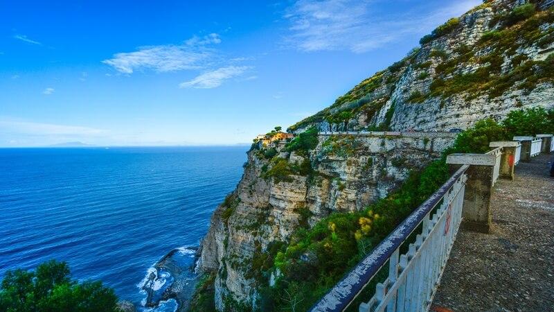 media_gallery-2018-12-18-12-Full_Day_Guided_Amalfi_Coast_Road_Trip_From_Sorrento123_d0d0999b84046cc8ecc8cb749d55fb50.jpg