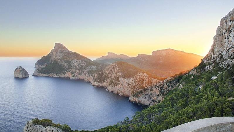 beautiful island in world