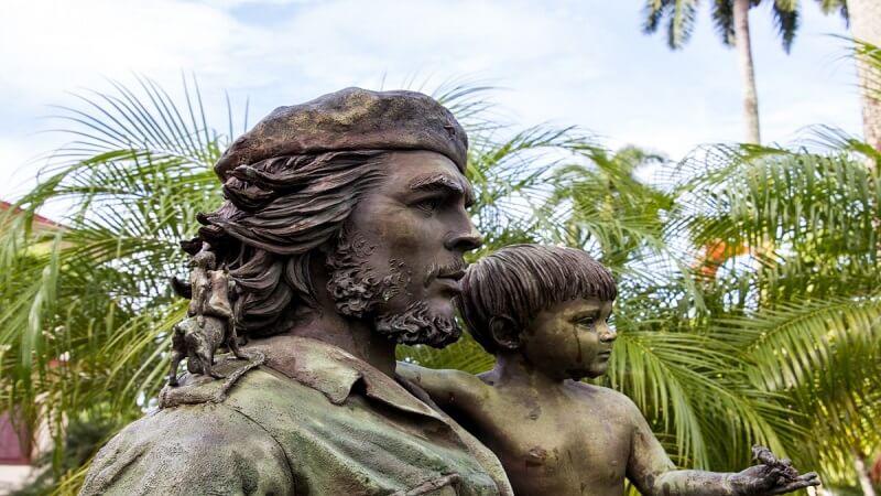 media_gallery-2019-01-24-11-cuba_santa_clara_che_guevara_statue_cuban_revolution_1192622_8dcebdbe485d7f29ec311a2c6e260e06.jpg