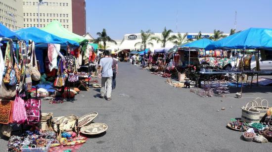 media_gallery-2019-01-9-9-Lusaka_markets_3db383fbc8c2269cba606f074dfdc66b.jpg