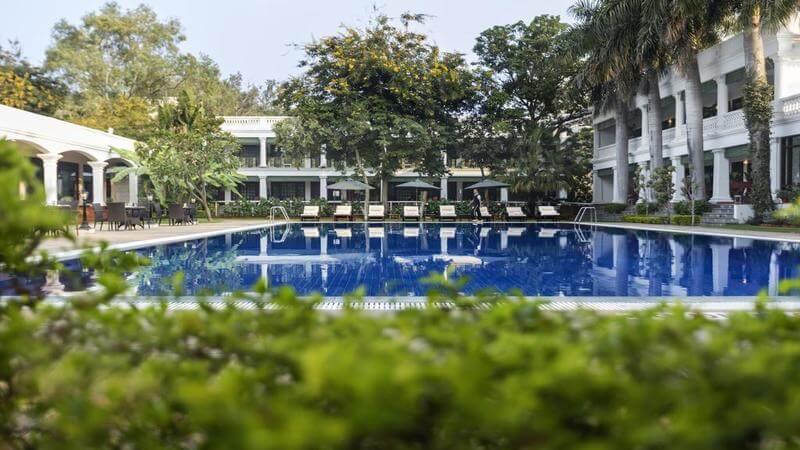 media_gallery-2019-05-9-7-Experience_Heritage_in_Bhopal_with_Jehanuma_Palace_Hotel123_810e3a79450c377f7fae10e41892e3c0.jpg