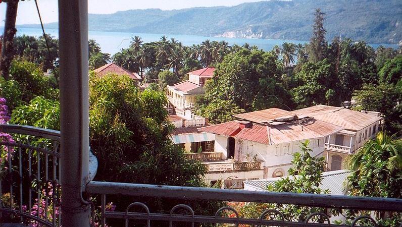 media_gallery-2019-10-7-13-Walk_around_in_the_city_of_Jacmel_8c6e3ed3834e46b915bac12cbdf5f865.jpg