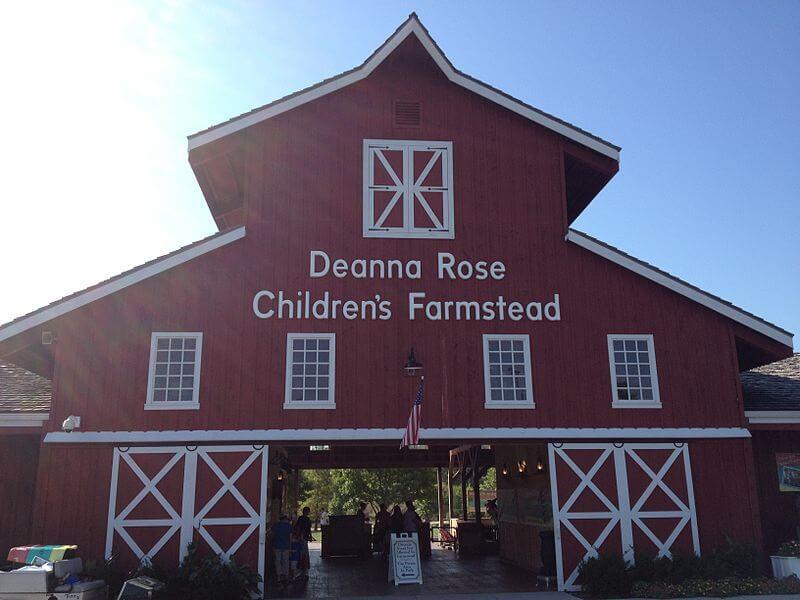 media_gallery-2020-03-9-11-800px_Deanna_Rose_Children_s_Farmstead_entrance_e965933b67f5f89f793417d265a9e3e4.jpg