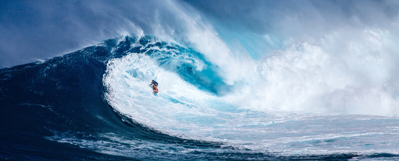 media_gallery-2020-03-9-9-surfer_riding_giant_wave_in_hawaii_800_f507cc15ddf7f01e5083c8a5f3be44e6.jpg