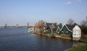 Daily Tour To Volendam, Edam, And Windmills From Amsterdam