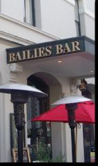Bailies Irish Bar & Restaurant