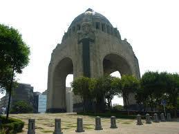 roma district and plaza de la republica