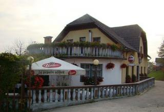 Dom's Restaurant
