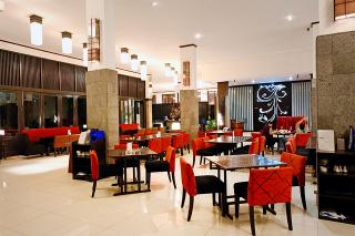 Sierra Cafe And Lounge