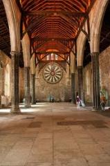 winchester great hall and king arthur round table