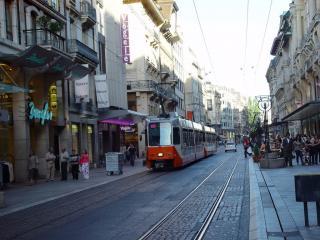 Rue Du Rhone