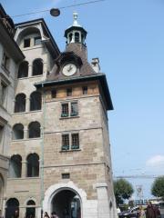 Tour Du Molard