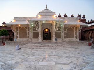 Sufi Saint Shaikh Salim Chisti Tomb