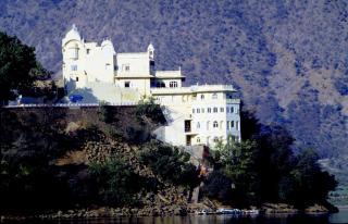 Siliserh Lake Palace