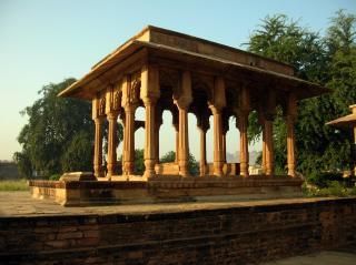 Ghaus Tomb And Samadhi Of Tansen