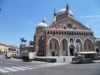 The Square Or Piazza Del Santo