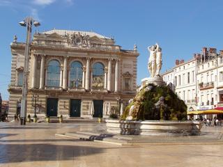 Place De La Comedie