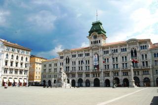 piazza dell' unita d' italia