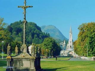 Basilique De L'Immaculée-Conception De Lourdes
