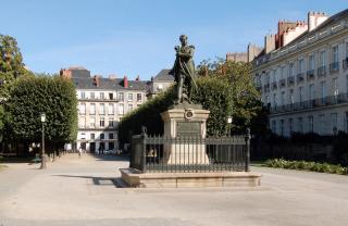Le Cours Cambronne Nantes