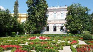 Villa Angiolina And Museum Of Croatian Tourism