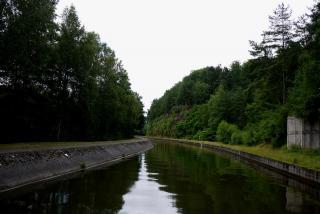 Canal De La Moselle