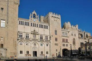 Archbishop's Palace Or Palais Des Archeveques