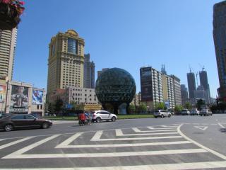 Dalian People Square