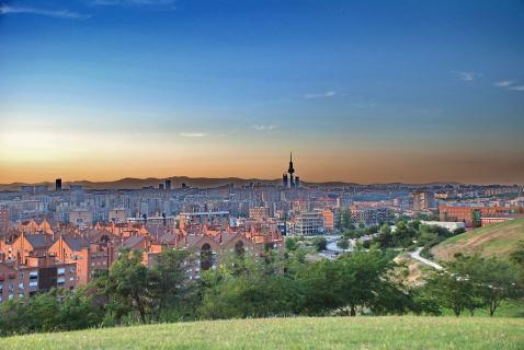 Book Luxury Hotels Near Cerro Del Tio Pio Madrid Deals