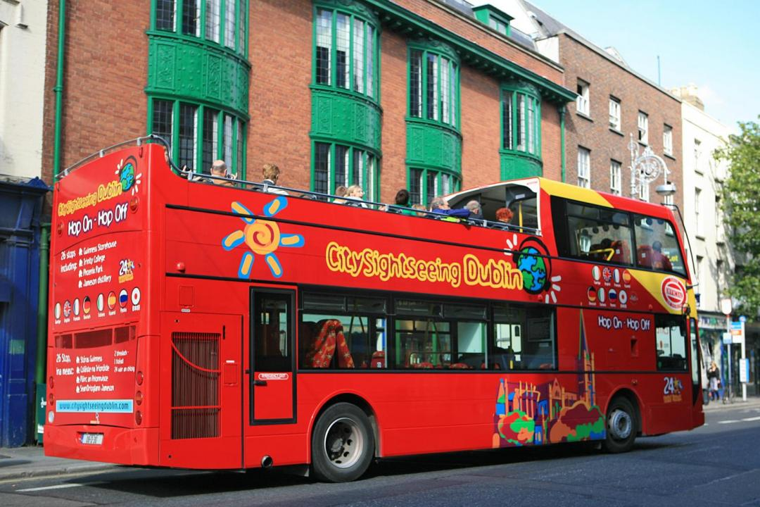 City Sightseeing Dublin Hop On-off 3 Routes!