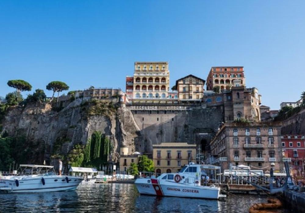 Dolcevita- Naples, Pompeii And Sorrento - Rome