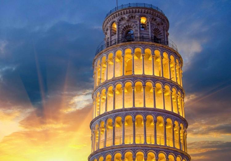 Pisa And Lucca Tour Da San Gimignano