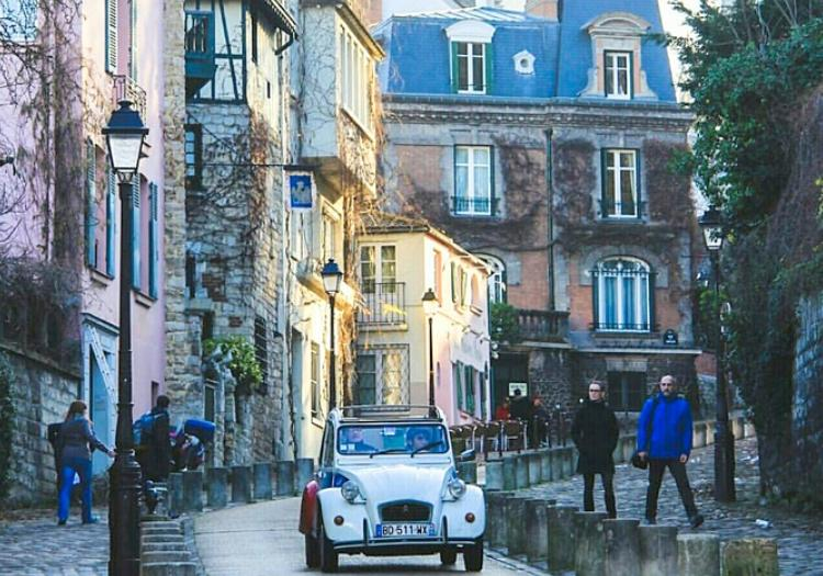 Full Day Private Tour In A Vintage Car - Paris