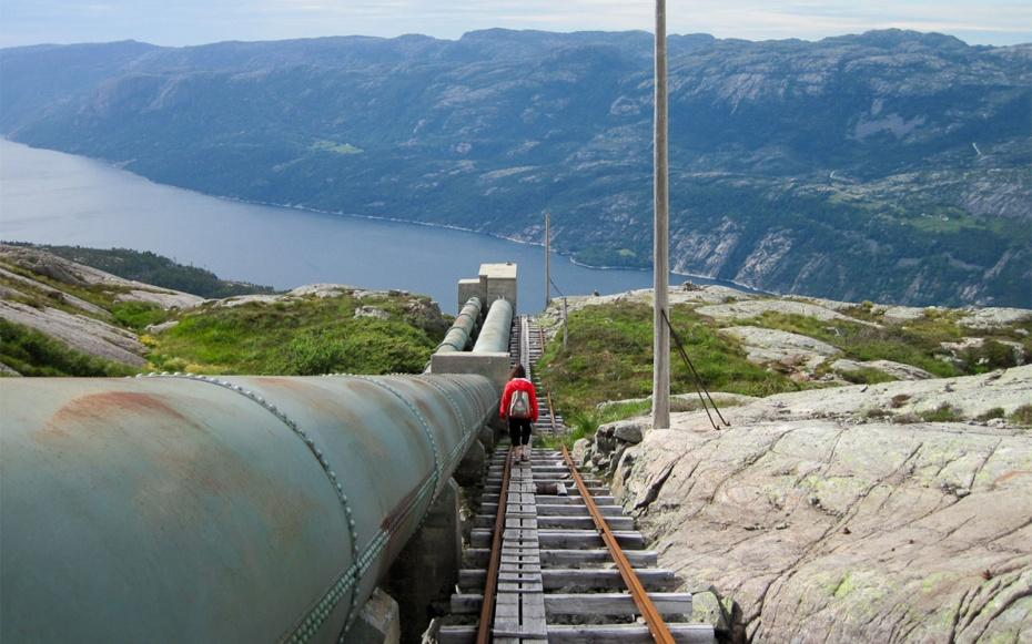 media_gallery-2015-07-17-15-Fl__rli_Stairs__Norway_0a721ac563546862e23ae22e76c33111.jpg